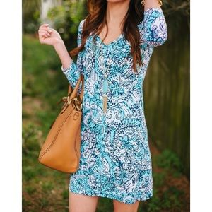 Lilly Pulitzer Juliet Blue Hippy Hippy Shake small